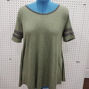 NWT SM Green Racer Striped Lularoe Perfect Shirt